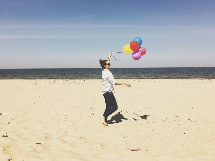 Balloons Balloon Fun Happiness Girl Woman Woman Portrait Beach Beachphotography Sea Sea And Sky EyeEm Nature Lover EyeEm Best Shots EyeEm Best Shots - Landscape EyeEm EyeEm Team The Week Of Eyeem The Week On Eyem Landscape_photography Landscape_Collection Women Of EyeEm Enjoying Life Relaxing EyeEm Gallery EyeEm Best Edits