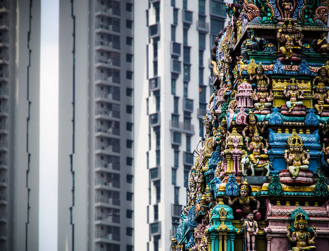 The Sri Mariamman Temple Architecture Building Exterior City Hindu Hinduism No People Repetition Singapore Skyscraper Sri Mariamman Temple, Singapore Temple