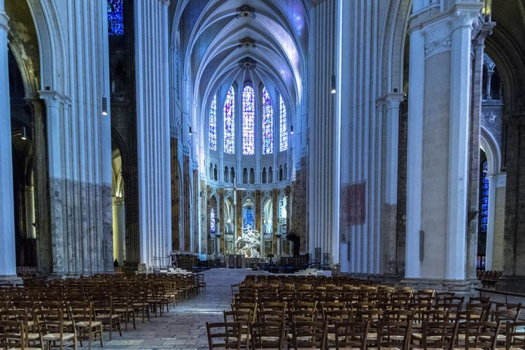 Architecture Chartres Chartres Cathedral France Gothic Architecture Place Of Worship Spirituality Aisle Arch Architectural Column Architecture Belief Building Gothic Beauty  Gothic Church Gothic Style History Place Of Worship Religion Spirituality The Past Travel Destination Travel Destinations Window