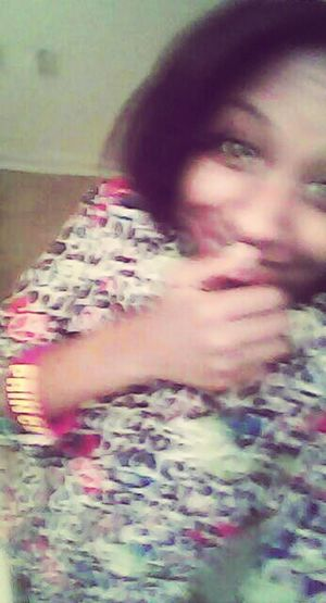 blurry but whtever ,Im still pretty (: Follow Me On Twitter @MyNameIsBookie
