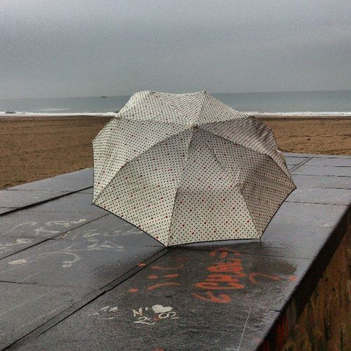 Paraguas Umbrella Valenciagram Ig_captures_city_ nature Ig_captures Vivir_to2 Enfocae Hoy el tpo está loco!!
