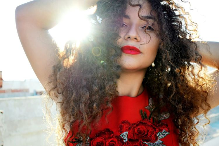 Beautiful Woman Portrait Red Lipstick Red Day Sunny Day Sunny Love Vescocam Vesco Curly Hair Don't Care Curly Hair! Curly Hair