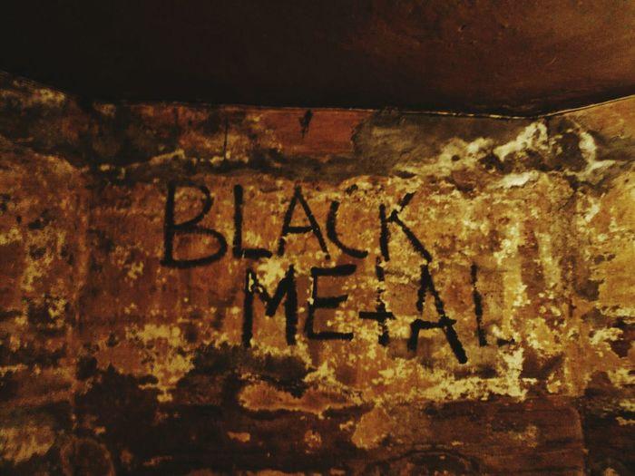Helvete Black Metal Burzum Mayhem  Oslo Norway Metal Music