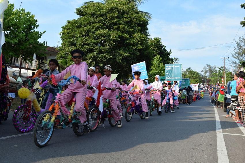 Millennial Pink EyeEmNewHere EyeEm Chidren Carnival Moslem People