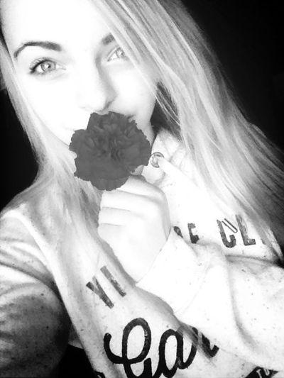 Flowers He Got Me Flowers  :$
