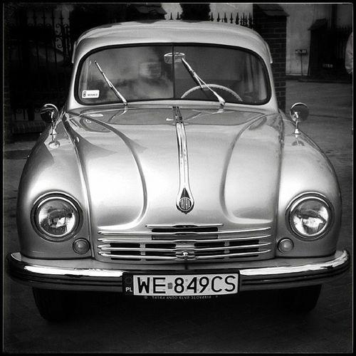 Moj ulubiony: najpiękniejszy samochód XII Rajd BGC Pojazdów Zabytkowych Żyrardów Poland My fav - the most beautiful car XII Old Cars Rally mobilnytydzien carporn youngtimer oldtimer heritage tstra