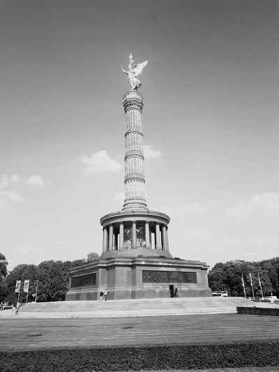Berlin Famous Place Tourism Travel Destinations Statue Travel Sculpture Art And Craft Art International Landmark Human Representation Sky Gold Colored Monument Built Structure Architectural Column Architecture Capital Cities  Memorial Green Color Victory Column Black And White GERMANY🇩🇪DEUTSCHERLAND@ Germany Blackandwhite