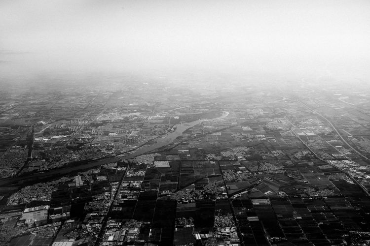 Leaving Fujifilm_xseries Bangkok Thailand Building Exterior Architecture City Cityscape Built Structure Building Residential District Sky Crowd Fog Nature High Angle View Day Aerial View Crowded Outdoors Copy Space Landscape Skyscraper Urban Sprawl