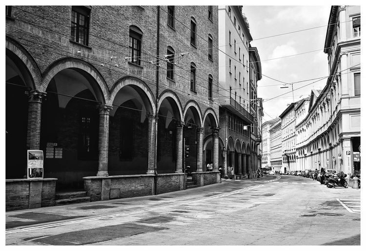 Streetphotography Hometown Bologna, Italy Summertime Blackandwhite City History Arch Place Of Worship Sky Architecture Building Exterior Built Structure Civilization Historic The Art Of Street Photography The Architect - 2019 EyeEm Awards
