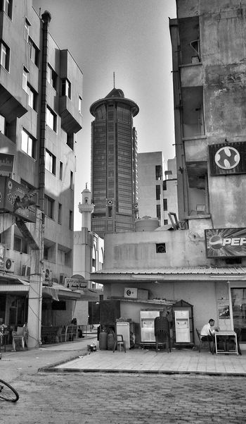 Backstreets & Alleyways Street Photography Urbanexploration Kuwait City Kuwait Urban Geometry Urban Life Hello World Check This Out Streetphoto_bw