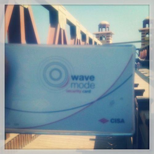 Wavemode tashwa7 bal card yaft7 el bab :D