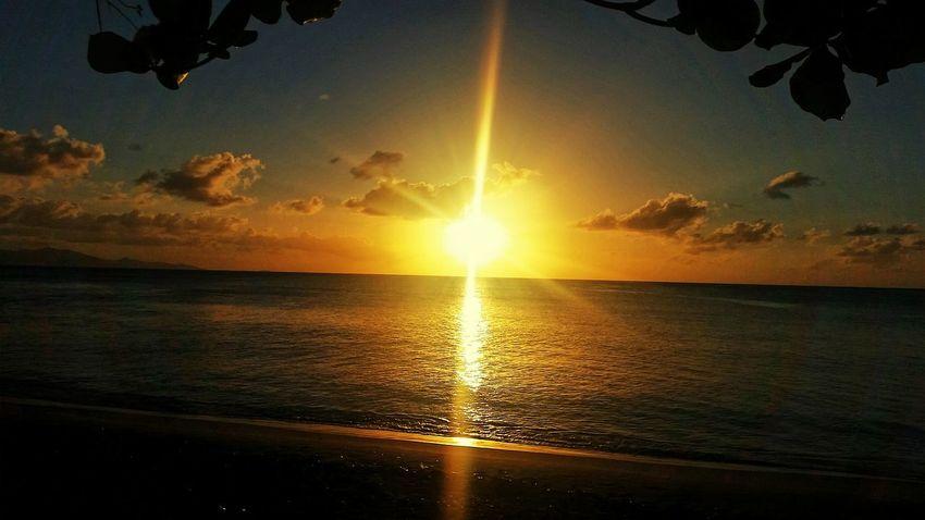 couché a soleil .. Sunshine ☀ Evening Sun 971 Port-louis