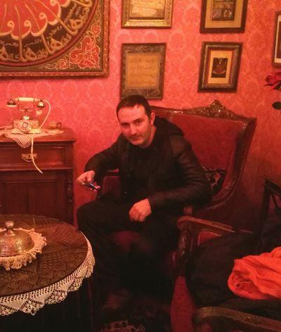 Only Men Looking Good Feeling Good Istanbul Hello World Hi! Addme That's Me Kik Handsome Kikme Addmegirls Turkey I Love My City Handsome.... :) Handsome Man Sultan Ahmed Mosque Ayasophia Ayasofya Sirkeci