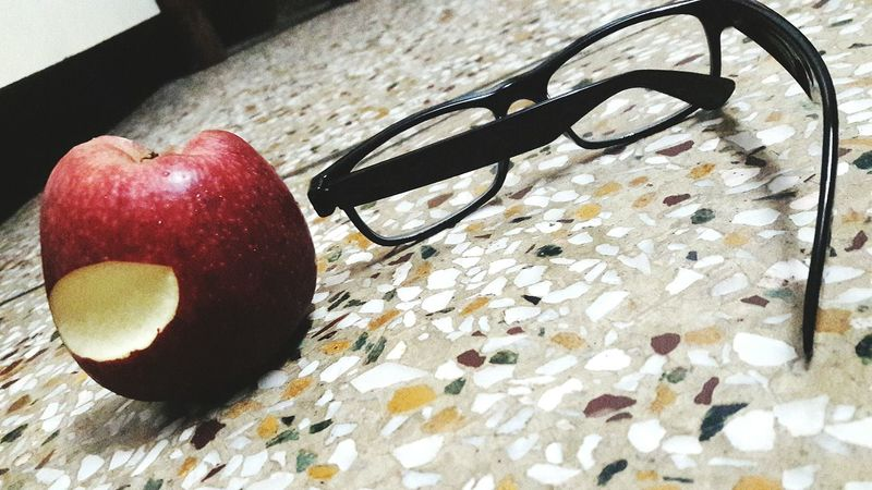 Specs Close-up Still Life Indoors  Freshness Surface Level Red Curve No People