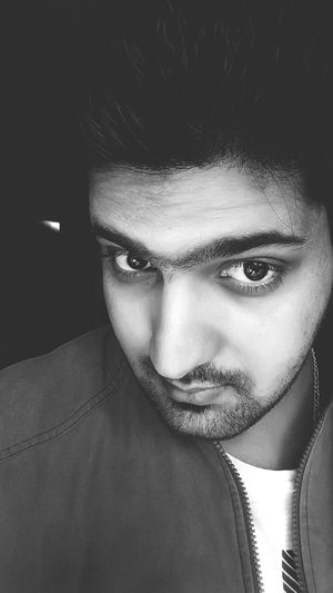 Selfi : ) Blackandwhite Photography Hot_shotz Pic Of The Day Awsmtym Waiting For Summer Relaxing