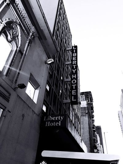 Liberty Hotel Argentina Building Exterior Hotel Liberty Hotel Liberty Argentina Argentina Pic Argentina Photography EyeEm Selects Architecture Built Structure Building Exterior Sky Low Angle View Building Clear Sky Nature Outdoors Travel Destinations Copy Space Staircase Day City Residential District No People Travel History Sunlight