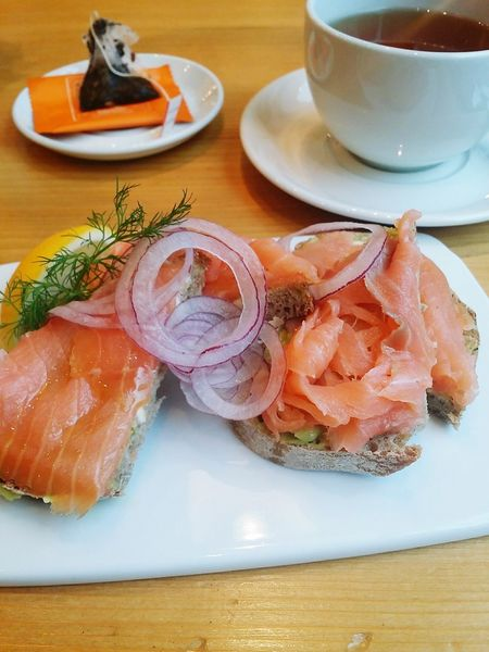 Smoked salmon breakfast and Kusmi tea Kusmi Tea Euphoria