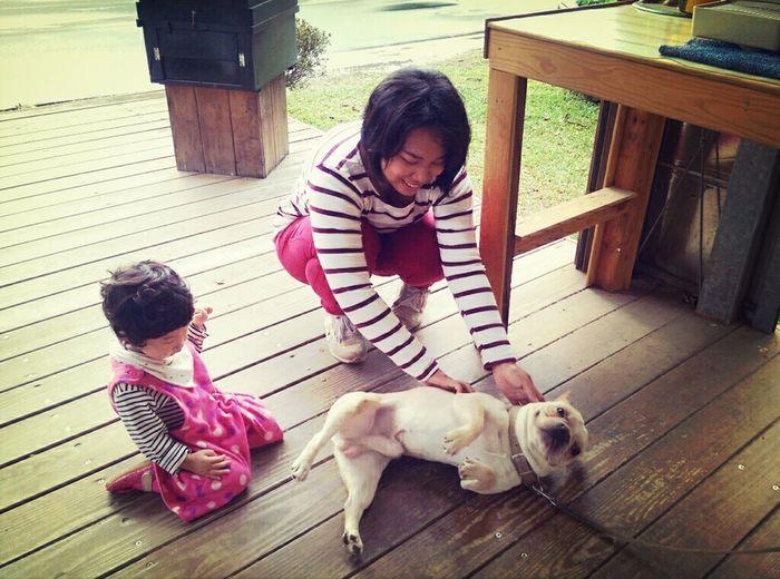 儂妹很愛貼近小動物!