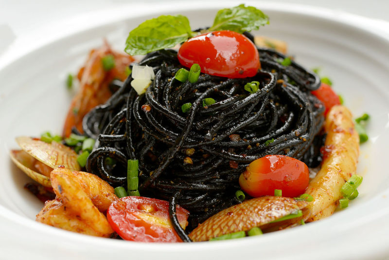Black spaghetti sauce, chili, seafood. Seefood Spicy Food Basil Italian Food Shelfish Pasta Paws Healthy Gourmet Paper Tomato Food And Drink Food Ready-to-eat Plate No People Indoors  Food Stories