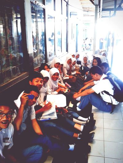 Sound Of Life Classmates Highschool Relaxing Enjoying Life Hanging Out Cheese! INDONESIA Art Everywhere