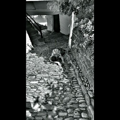 The Youth Of Today, Joe struggled on his 2nd climb at Clovelly ?? Clovelly  Fun Messing Streetview peoplewatching Devon NorthDevon cobbles bw fortheloveofblackandwhite simplynoir knackered tired
