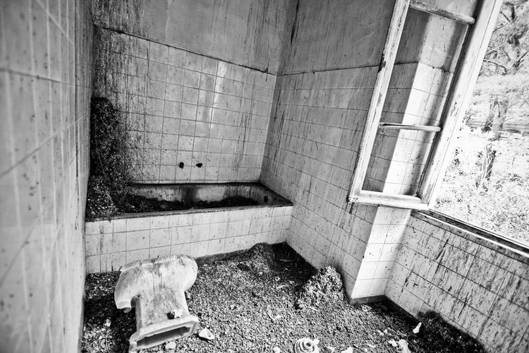 Ex Ospedale Rocco La Russa (abandoned) Dark Forgotten Gothic Hospital Ospedale Rocco La Russa Sicily Trapani Abandoned Damaged Decommissioned Deserted Dreary Erice Gloomy Indoors  Inside Italy Lock No People Oblivion Oblivion Of Being Old Hospital Pigeons Rusty Tuberculosis