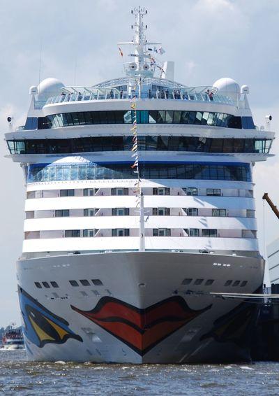 Aida Aida Cruise Cruise Ship Hafen Hamburg Mode Of Transport No People Ship Transportation Water