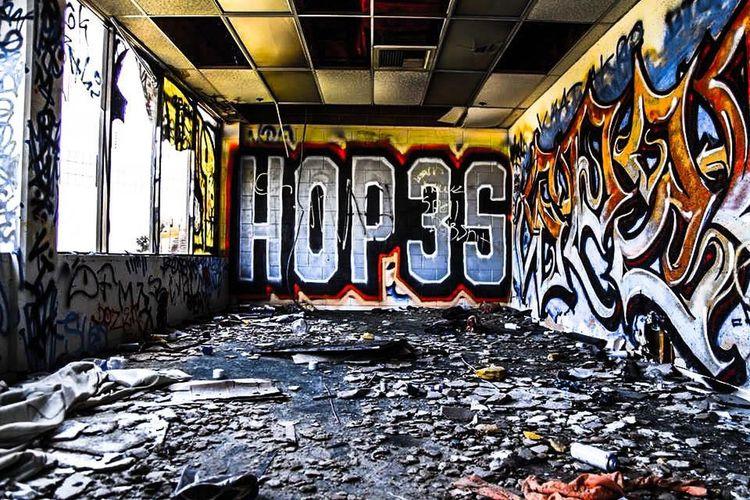 Follow me instagram @sworn.enemy NYC Photography EyeEm Best Edits Eyemnaturelover EyeEm Nature Lover Losangeles Streetart #street #streetphotography #tagsforlikes #sprayart #urban #urbanart #urbanwalls #wall #wallporn #graffitiigers #stencilart #art #graffiti #instagraffiti #instagood #artwork #mural #graffitiporn #photooftheday #stencil #streetartistry #photograp Followme Weownthenight_la Bakersfield