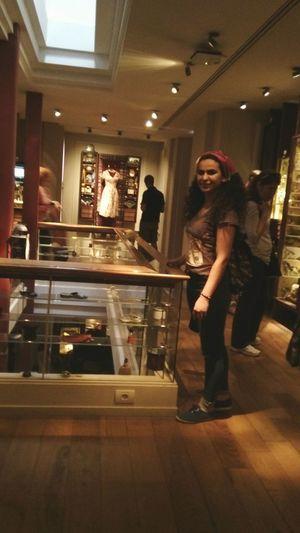 Kitabı okuduktan sonra müzesine gitmeseydim olmazdı😊 The Museum Of Innocence A Day At The Museum Masumiyetmüzesi Tutku Ve Aşkın Somutlaşmış Hali