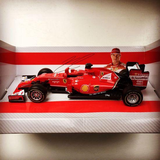 Scuderia Ferrari Ferrari KimiRäikkönen F1 Italian Style Red Color Pirelli Santander Ups Shell