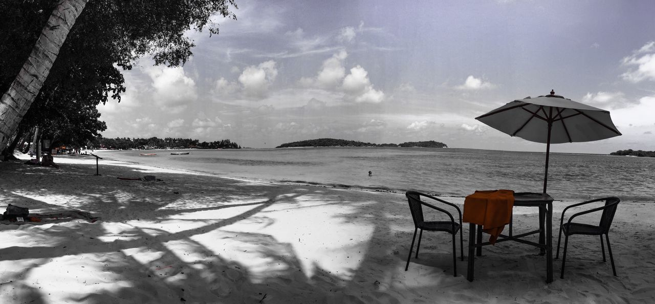 nature, sky, table, beach, beauty in nature, chair, sea, water, sand, tree, outdoors, tranquility, scenics, day, no people