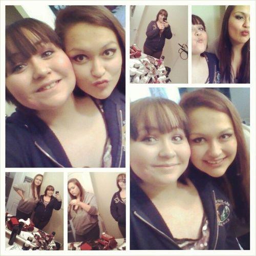 Yupp, we're related(: Jasmine, mi amiga y mi prima(: Cousins  Bestfriends Wecool Twerk !!!