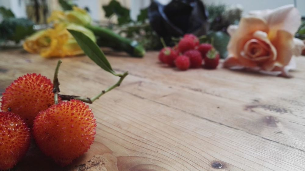 Flower Table No People Indoors  Red Day Freshness Fruit Close-up Nature Fragility Beauty In Nature Flower Head Tree Strawberry Urban Food Urban Forest Forrage Petal London London Lifestyle