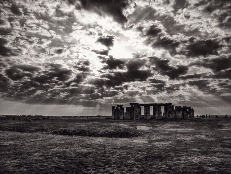 Black & White bw-collection stonehenge (pana Environment Beauty In Nature Sunbeam Travel Destinations Landscape Tranquility Architecture The Past Ancient Tranquil Scene No People Sky History Land Nature Blackandwhite Black & White United Kingdom Panasonic  Stonehenge Coucher De Soleil Bw-collection Spectacular Landscape #Nature #photography Landscape_photography Melancholic Landscapes Touristic Destination Stonehenge Memorial Stonehenge And Sky Dmc-zx1 Cloud - Sky Old Ruin Outdoors Day Built Structure Scenics