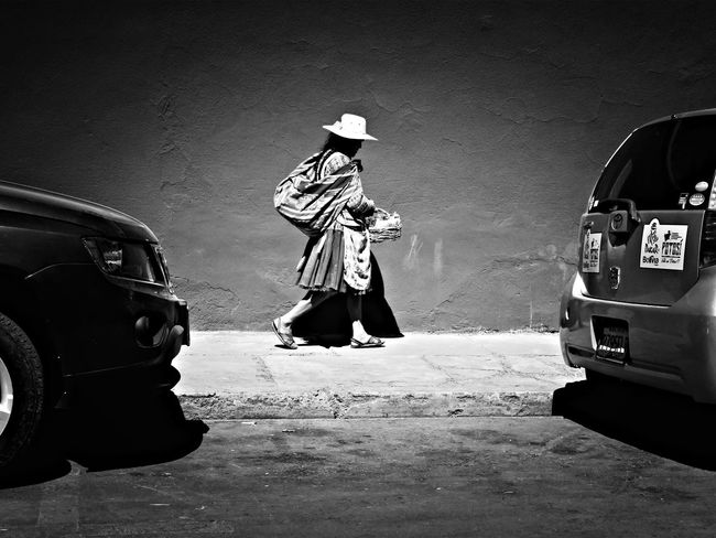Cochabamba Real People One Person People Streetphotography Blackandwhite Women Monochrome Bolivia EyeEm Best Shots - Black + White EyeEm Best Edits Traveling Street