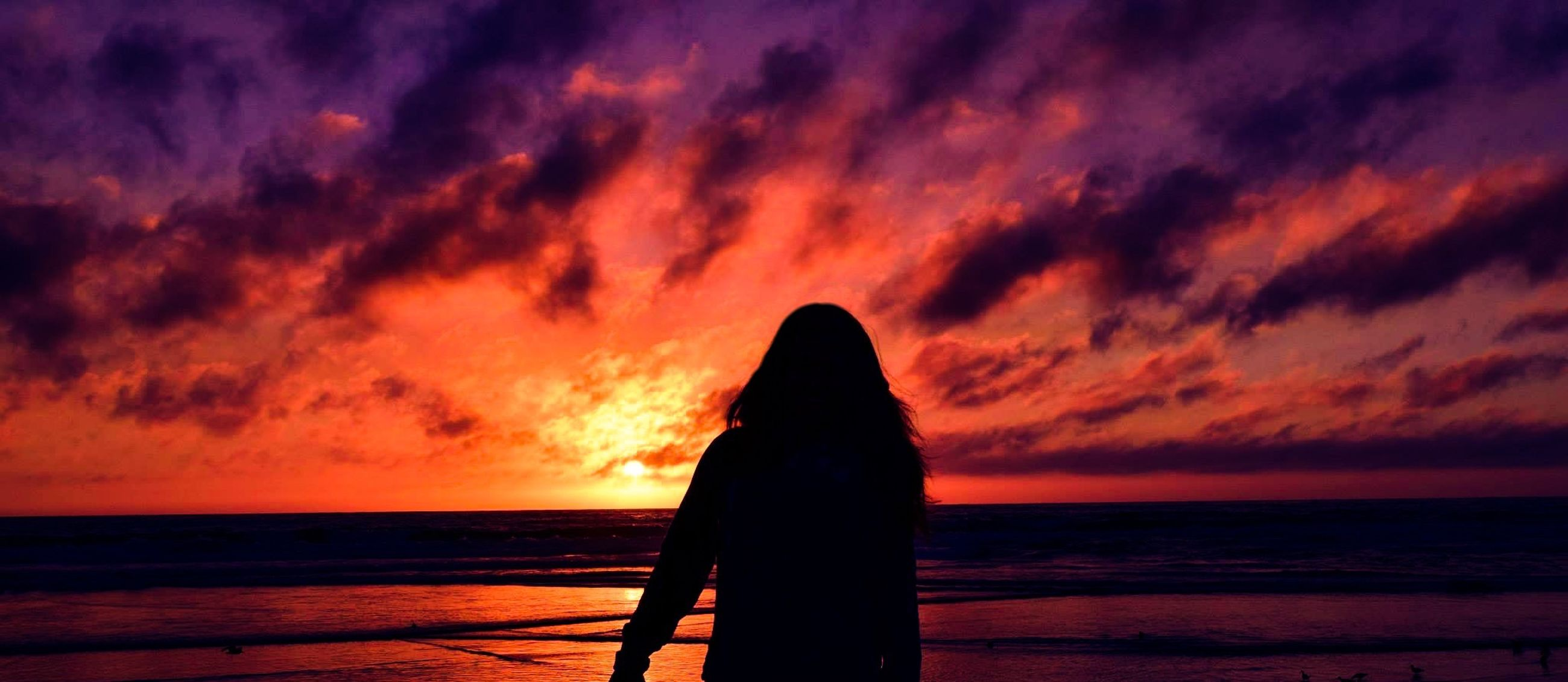 sunset, sea, horizon over water, sky, orange color, scenics, beauty in nature, tranquility, water, tranquil scene, cloud - sky, silhouette, idyllic, nature, cloud, beach, dramatic sky, cloudy, shore, outdoors