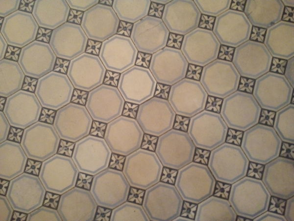 Floor Boden Kachel Fliese Tiles Old Alt Muster Hintergründe Indoors  Textured  Tile Architectural Feature Design Full Frame Close-up