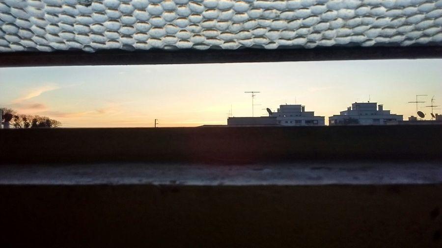 Urban life through the windows. Enjoying Life Maurovillalba@globomail.com Urban Urban Lifestyle Urban Life Windows @maurovillalba