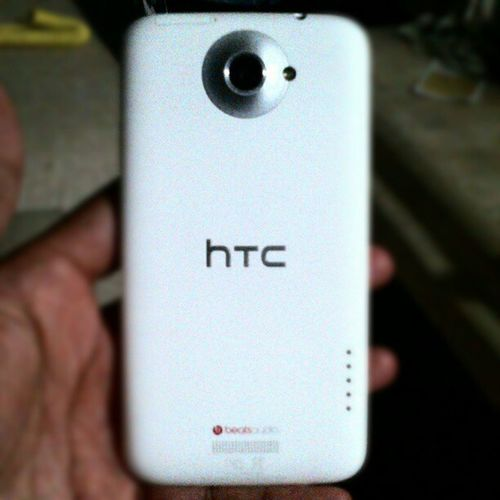 Forgot how gorgeous this phone is from the back HTCOneX