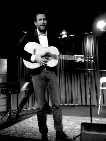 QVHoughPhoto Jovanotti Musician Celebrity Losangeles Grammymuseum Acoustic Guitar Blackandwhite IPhoneography IPhone4s