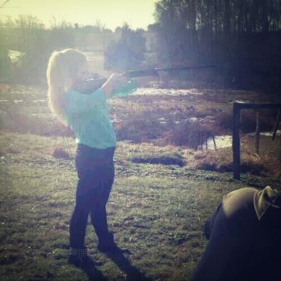 dont fuck with a girl and her gun. Guns Girls With Guns Blonde Dontfuckwithus