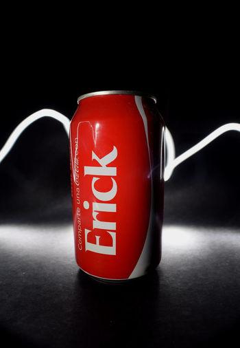 Efecto de luz Black Background Close-up Cokecola Macro Producto My Name No People Red Soda