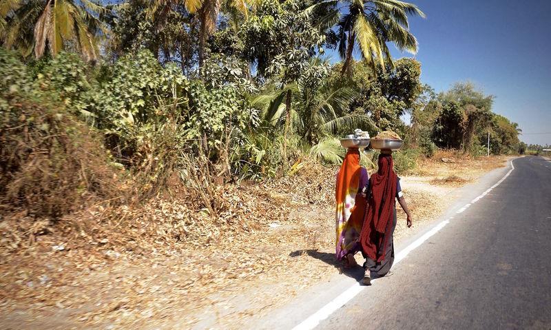 India Walking Women