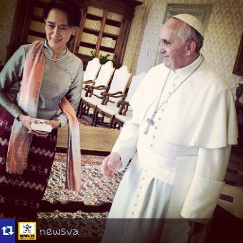 """Anche Papa Francesco é su Instagram . Prima dichiarazione a riguardo:""""Chissà se Miarrivanofollowers ?! """""""