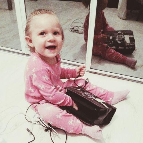 Little sis ? she's so noisy ... Sis❤ Cutie