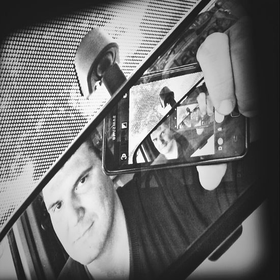 Face Me Car Mirror Photo Smartphone Cellphone Catalonia JustMe Inmyphone Rearmirror