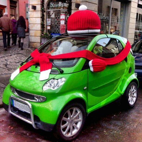 damit das Auto es auch warm hat ;-) Winter Spaß Erfurt Stricken Spass Spaßbilder