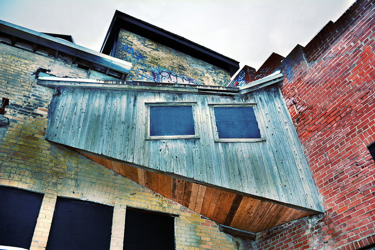 Don Valley Brick Works Park Architecture Building Exterior Built Structure Low Angle View Sky Window Old Building Abandoned Brick Weathered Brick Wall Damaged No People Run-down Day Residential District Wall Deterioration Bad Condition Outdoors Ruined Corrugated