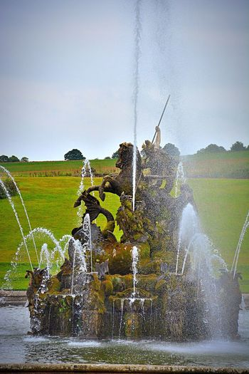 Witley Court Fountain Water Fountain Architecture Historic Perseus Water Drops Spray