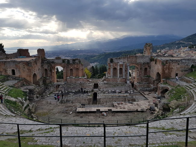 Cloud - Sky History Architecture Mountain Outdoors Travel Destinations Built Structure Sky Day Landscape Nature Italy Sicily Nature Amphitheatre Ancient Civilization Ancient Architecture Taormina Ancient Greek Magna Grecia
